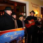 """""""Es is Advent"""" sang der Lindenweg-Viergesang nach der Eröffnung"""