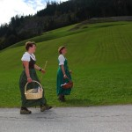 Anita und Anja kommen als letzte an - alle sind gut angekommen