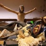 Höllisches und Himmlisches ist in der Schnitzwerkstatt eng beisammen