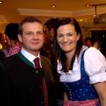 Buchautor Christian Gaspar mit Hotelchefin Elisabeth Kendlbacher