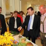 Zeigt sich begeistert von unseren Produkten: Minister Niki Berlakovich