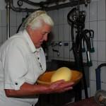 ... und so bekommt die Butter ihre schöne Form
