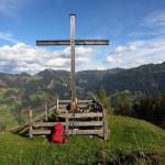 """Gedenkkreuz nahe der Igltalalm - zugleich das letzte """"Gipfelkreuz"""" meiner Tour"""