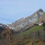 Der Bergrückenverlauf der Höllwand