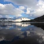 Am oberen Schwarzhornsee angekommen hat die Hochalmspitz gerade noch Sonne