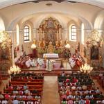 Pfarrer Thomas Schwarzenberger berichtet über die Kreuzsanierung