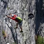 ... und weiter geht´s durch steilen Fels