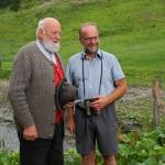 Sepp Forcher fachsimpelt mit Griesbichlbauer Vestl