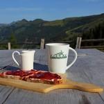 Belohnung für´s frühe Aufstehen: Frühstück auf der Loosbühelalm