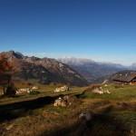 Die Saukaralm - einer der schönsten Aussichtspunkte im Tal mit Blick zu Höllwand, Hochkönig, Tennen- & Hagengebirge