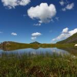 Kleiner Standortwechsel - der Klingspitz (Bildmitte) spiegelt sich im See