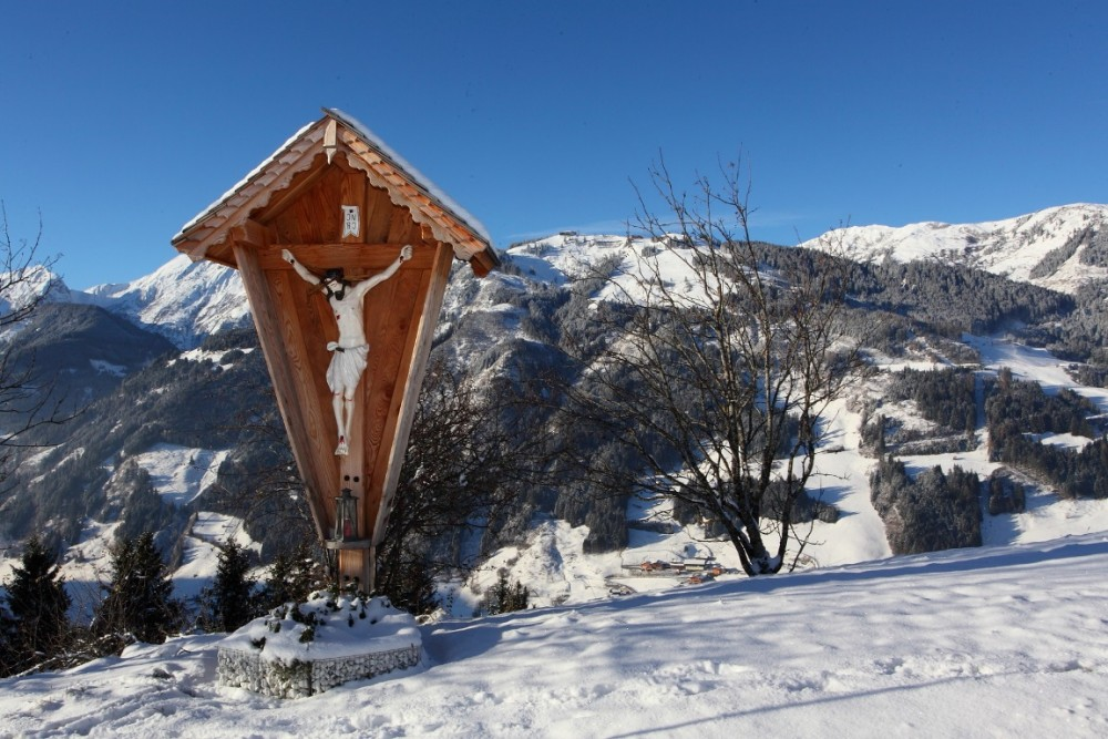 Wintermorgen Großarltal 28. November 2015 - Kreuz bei Stadluck